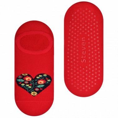 Czerwone stopki frotte z sercem SK130