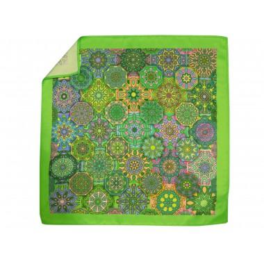 Zielona poszetka w geometryczne kwiaty E247