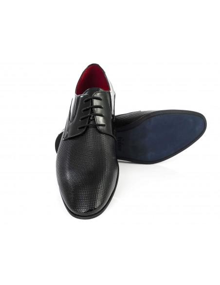 Czarne buty męskie z perforacją Faber T62