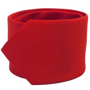 Czerwony gładki krawat z poszteką
