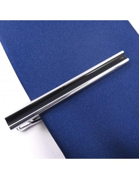 Srebrna spinka do krawata z czarnym środkiem ZS11