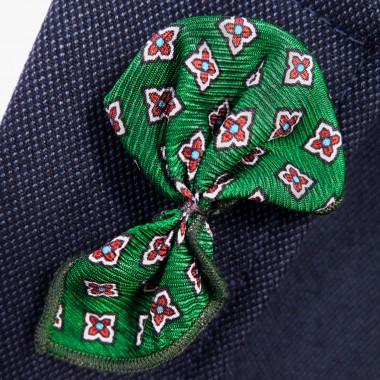 Zielona wpinka do butonierki w czerwone kwiatki W24