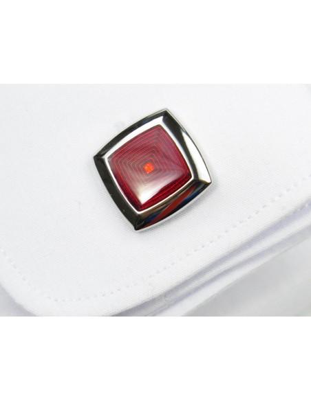 Srebrne spinki do mankietów czerwone kwadraty