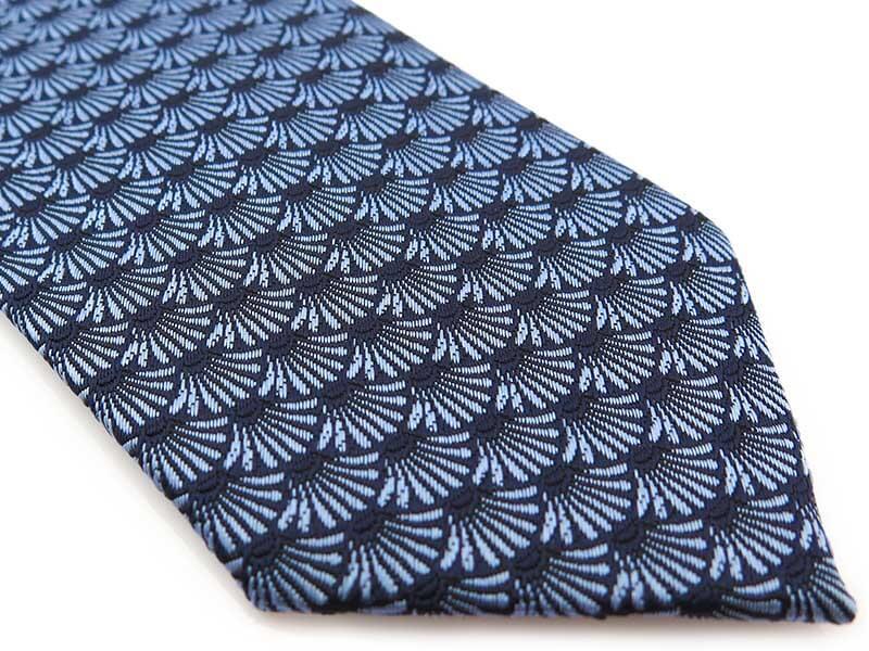 Granatowy krawat męski w błękitny wzór D300