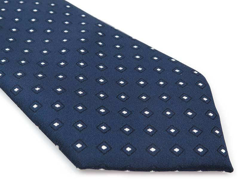 Granatowy jedwabny krawat w geometryczny wzór - białe kwadraciki R41
