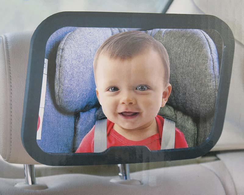 Lusterko do samochodu do obserwowania dziecka