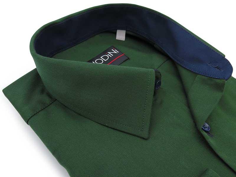 Zielona gładka koszula z granatowymi kontrastami A47