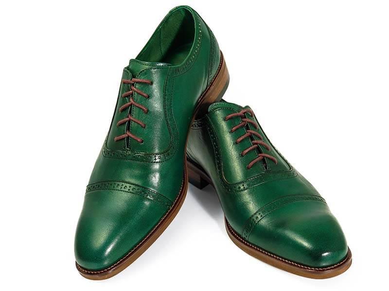 Unikatowe zielone brogsy T137
