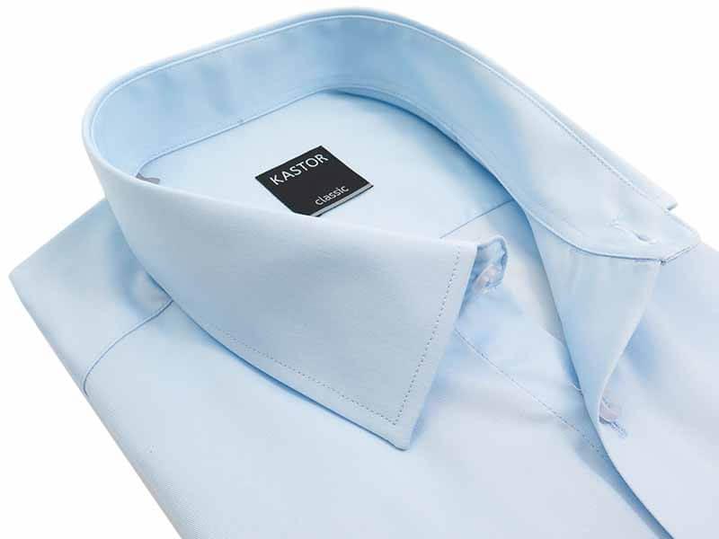 Błękitna koszula z krótkim rękawem i kieszonką Kastor K80