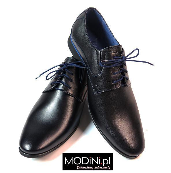 Czarne obuwie męskie z niebieskimi dodatkami