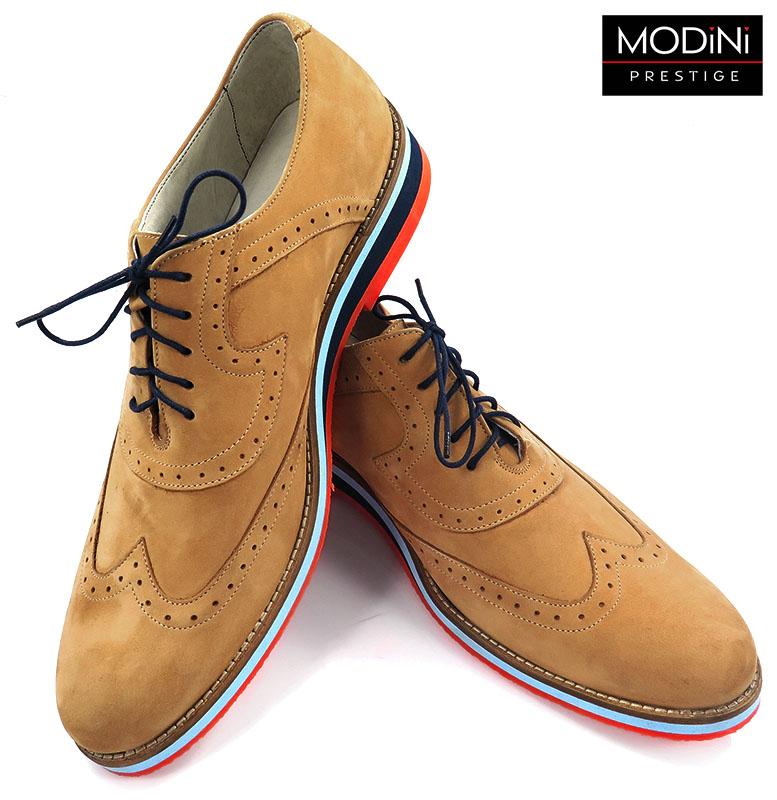 Brązowe obuwie męskie z kolorową podeszwą