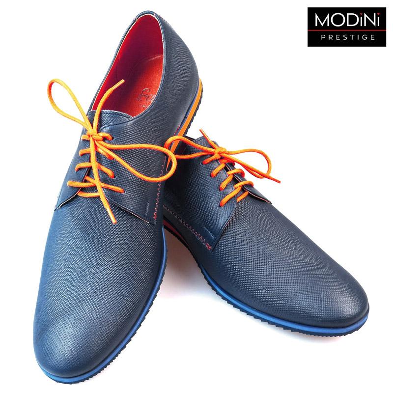 granatowe buty męskie z kontrastami