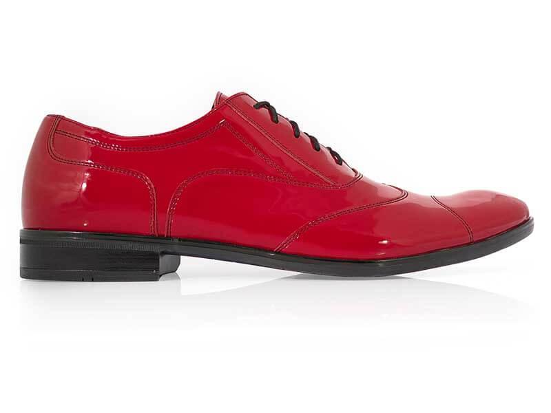 Lakierkowane obuwie męskie w kolorze intensywnej czerwieni - Austerity T153