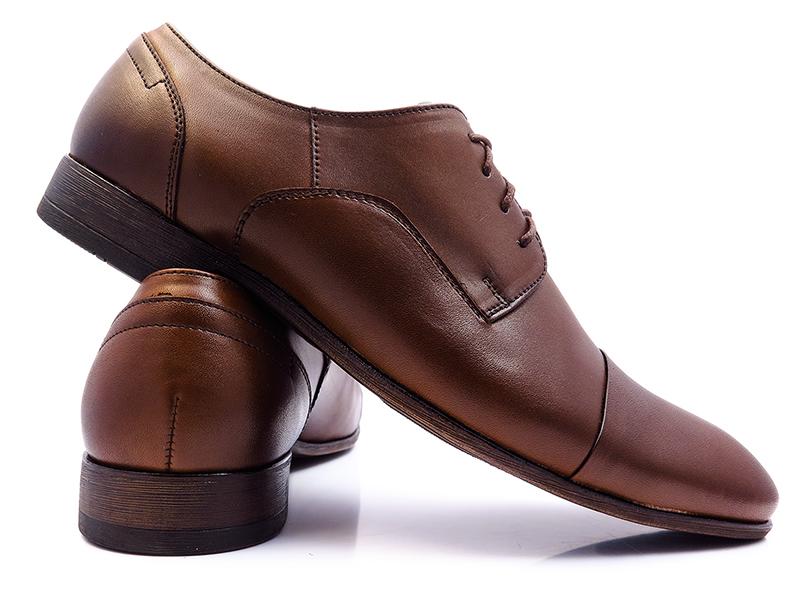 Brązowe półmatowe obuwie wizytowe T97