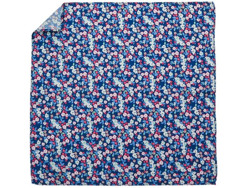 Niebieska poszetka w niebiesko-różowe kwiatki E255