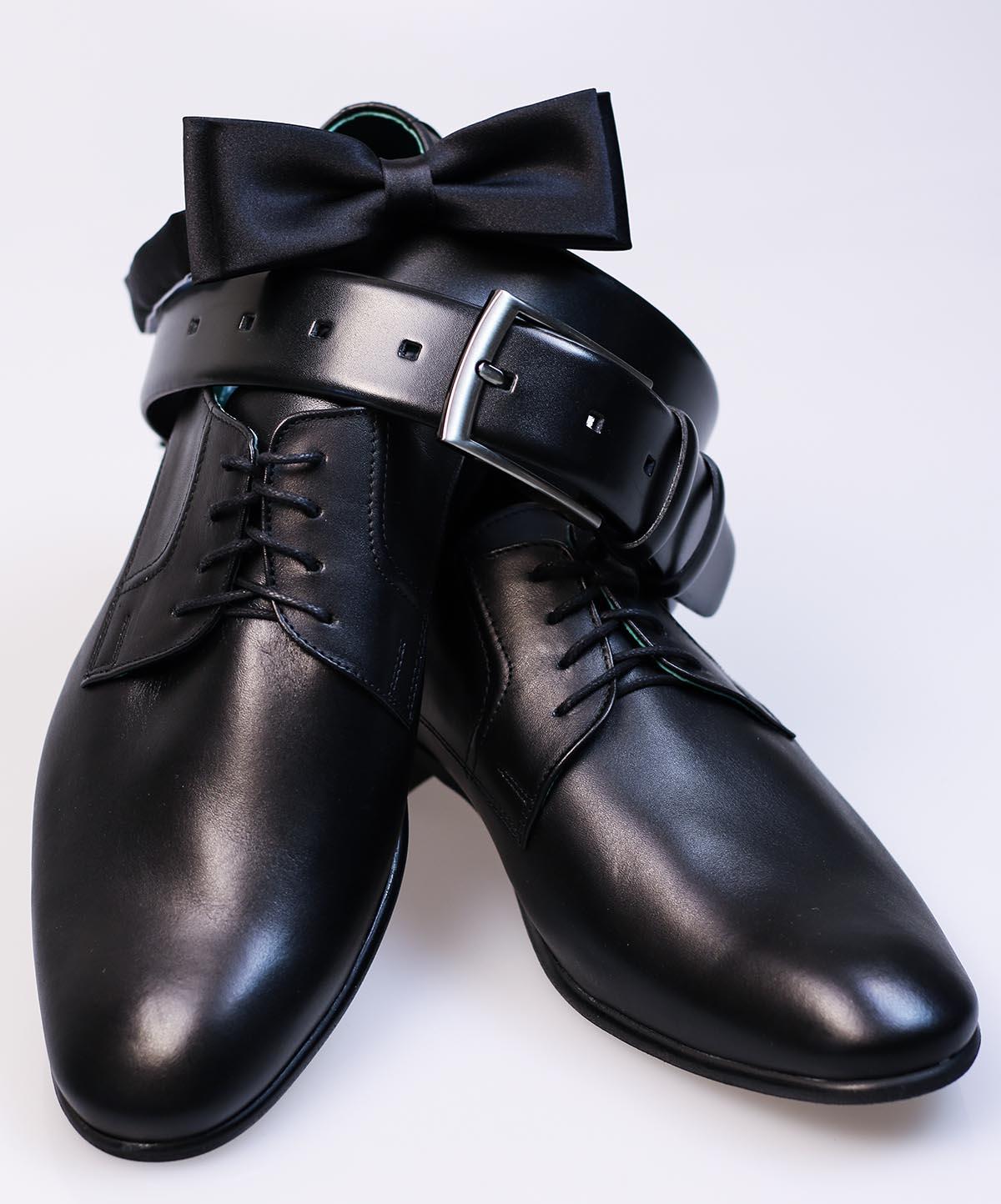 Czarne półmatowe obuwie wizytowe T59