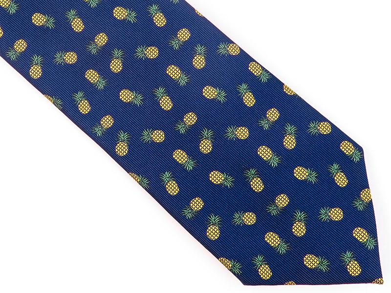Granatowy krawat w ananasy D146