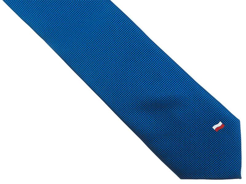 Niebieski krawat męski z flagą D239