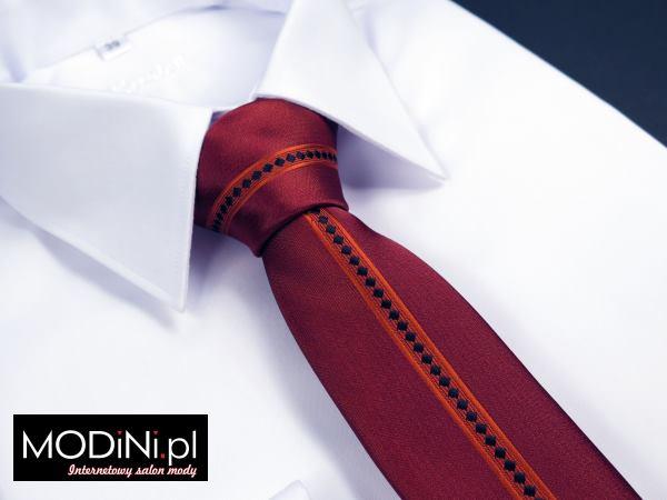 Czerwony krawat panelowy