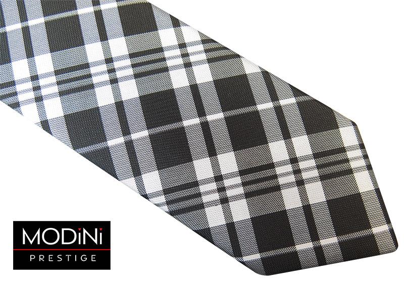 Czarno-biały krawat w kratkę
