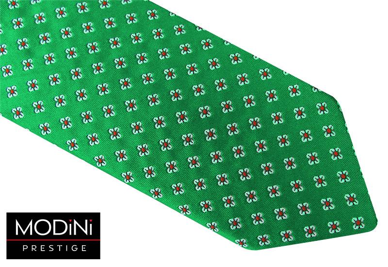 Zielony krawat męski w biało-czerwone kwiatki