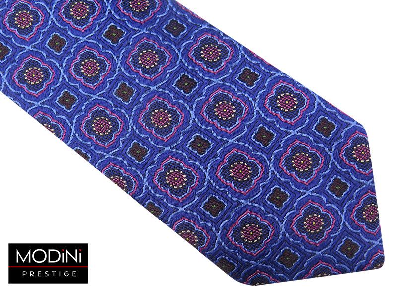 Niebiesko-różowy krawat w kwiaty