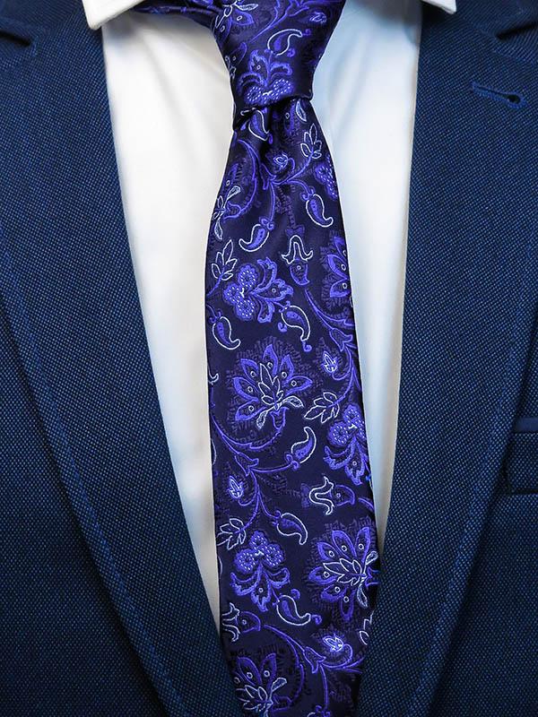 Granatowy krawat męski we florystyczny wzór C6