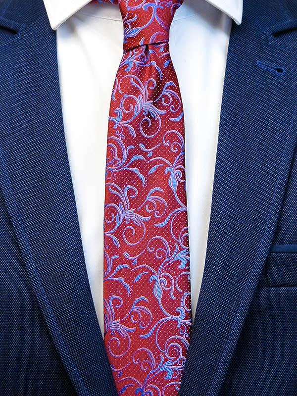 Bordowy krawat męski we florystyczny wzór C9