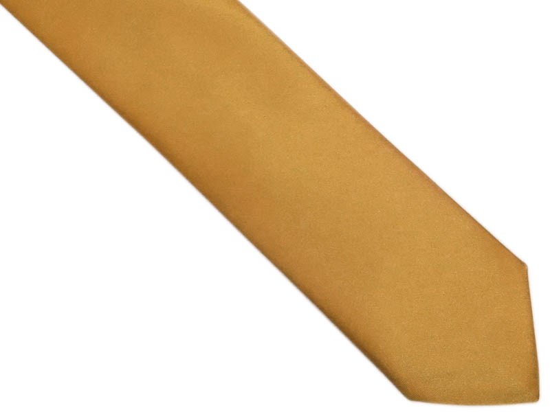 Złoty krawat z poszetką
