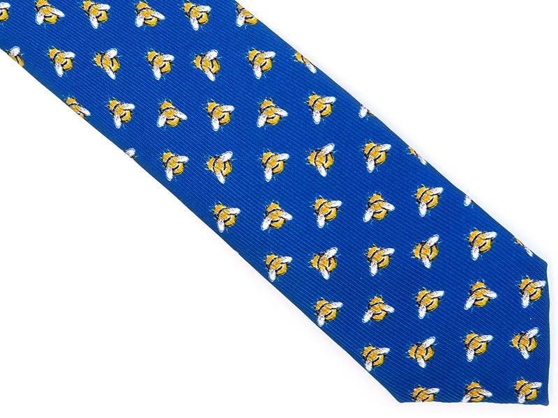 Niebieski jedwabny krawat - bąk, trzmiel R25