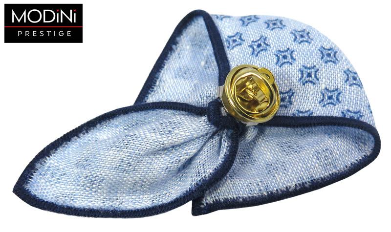 błękitny pin z drobnym granatowym wzorem