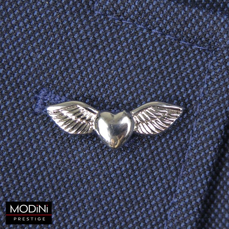 Srebrny pin - serce ze skrzydłami W11