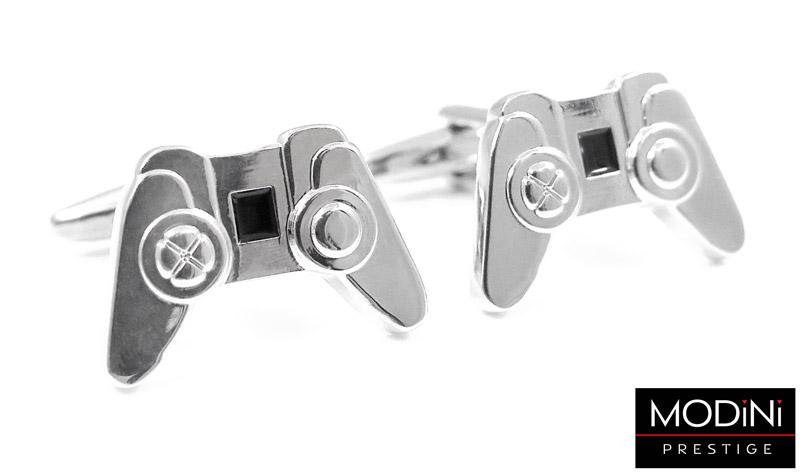 srebrne spinki do mankietów - pady do konsoli