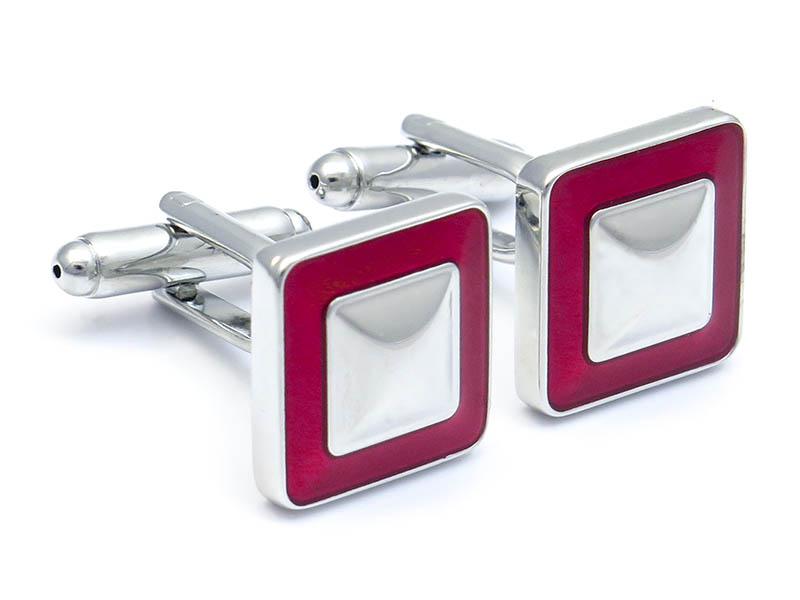 Kwadratowe srebrno-czerwone metaliczne spinki do mankietów - U229
