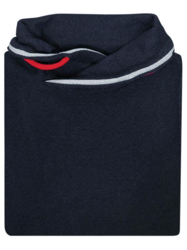Granatowy sweter męski z kominem i czerwonymi ozdobnymi sznurkami SW55