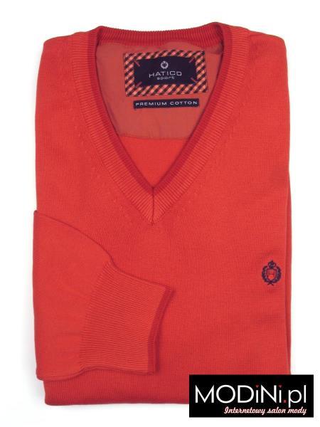 Czerwony sweter w szpic Hatico